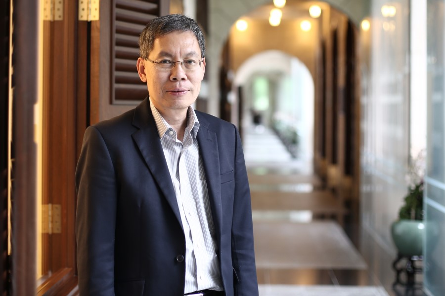 Singapore Ambassador to China Lui Tuck Yew spoke to Zaobao on Singapore-China relations. (SPH)