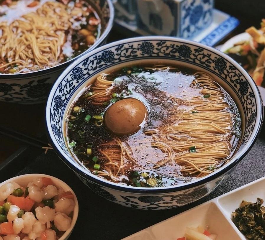 A delicious bowl of Kunshan Aozao noodles. (WeChat/玉茗堂前)