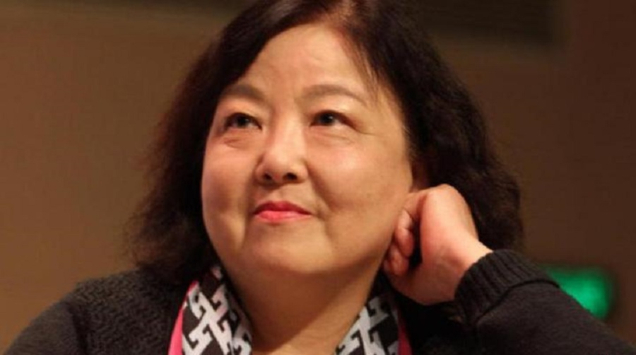 Writer Fang Fang's Wuhan lockdown diaries have sparked much debate among Chinese netizens. (Internet)