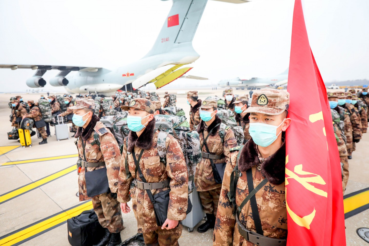 On 2 Feb, the China Air Force also deployed eight transportational planes to fly 795 medical staff, as well as 58 tonnes of medical resources, to Wuhan. (CNS)