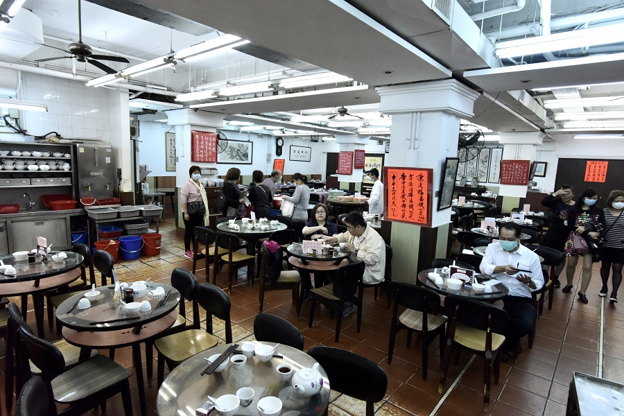 In this photo taken on 11 March 2020, diners, albeit few, are seen dining at the Lin Heung Tea House. (HKCNA/CNS)
