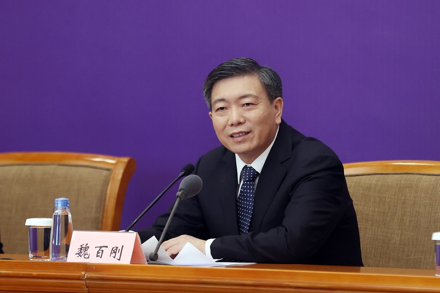 Wei Baigang, head of the Ministry of Agriculture and Rural Affairs' department of development and planning, answers a reporter's question at the Press Conference of the Joint Prevention and Control Mechanism of the State Council on 4 April 2020. (CNS)