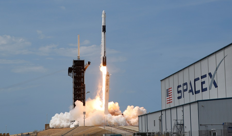 A SpaceX Falcon 9 rocket and Dragon spacecraft carrying NASA astronauts lifts off during NASA's SpaceX Demo-2 mission to the International Space Station from NASA's Kennedy Space Center in Cape Canaveral, Florida, US, on 30 May 2020. (Joe Skipper/File Photo/Reuters)