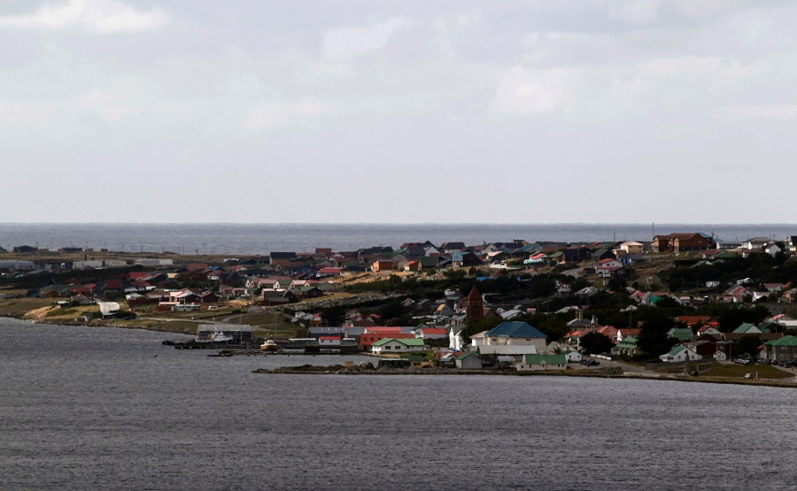 Port Stanley is seen from Wireless Ridge in the Falkland Islands, 12 March 2012. (Marcos Brindicci/File Photo/Reuters)