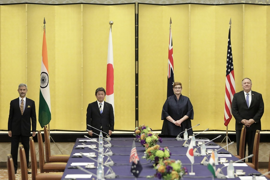 (left to right) Subrahmanyam Jaishankar, India's foreign minister, Toshimitsu Motegi, Japan's foreign minister, Marise Payne, Australia's foreign minister, and Mike Pompeo, then-US Secretary of State, pose for a photograph prior to the Quadrilateral Security Dialogue (Quad) ministerial meeting in Tokyo, Japan, 6 October 2020. (Kiyoshi Ota/Bloomberg)