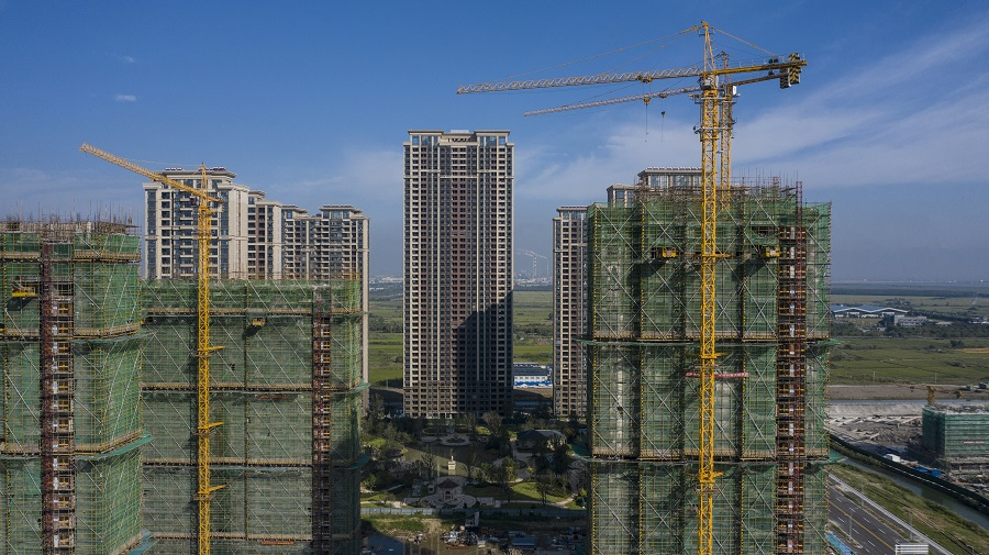 High-rise apartment buildings at China Evergrande Group's under-construction Riverside Palace development in Taicang, Jiangsu province, China, on 24 September 2021. (Qilai Shen/Bloomberg)