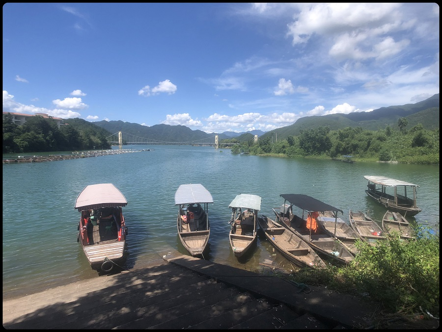 Boats on a lake in Lishui (丽水), used to transport for villagers between islands and to the main shore.