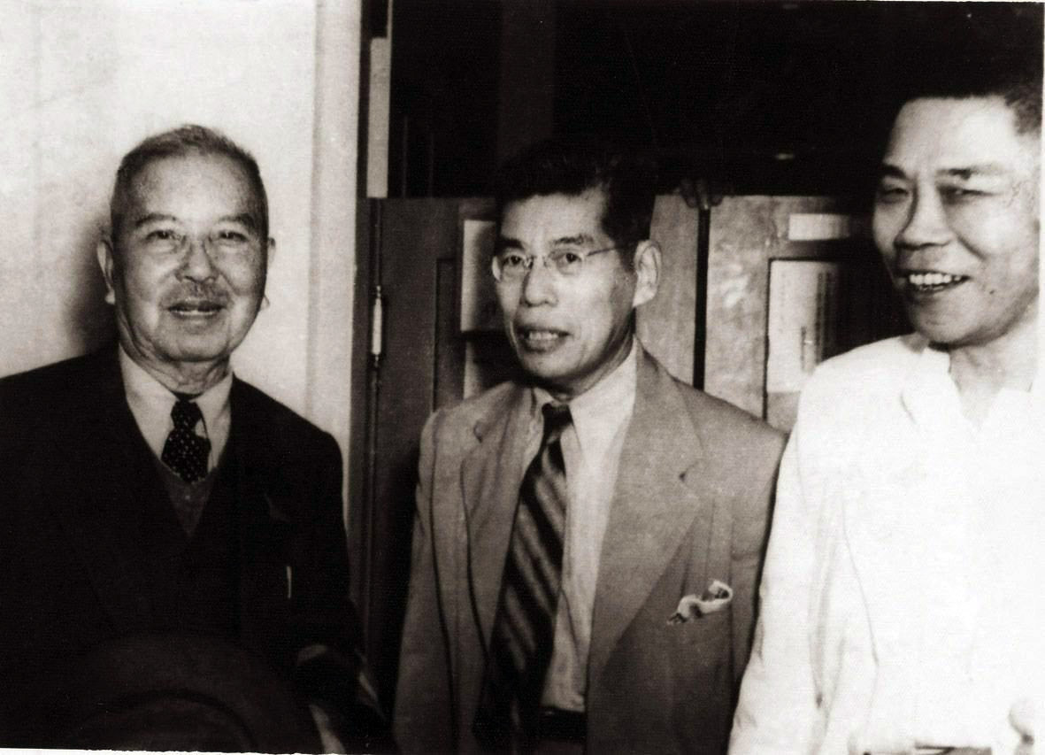 (Left to right) Tan Kah Kee, Lee Kong Chian, and Tan Lark Sye. (SPH)