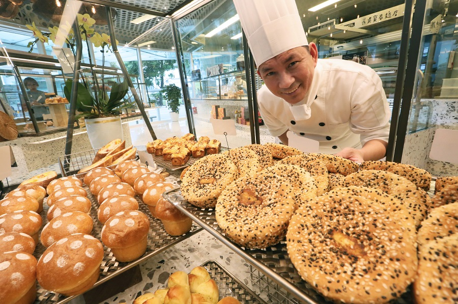 Wu Pao-chun at his bakery chain in Singapore. (SPH)