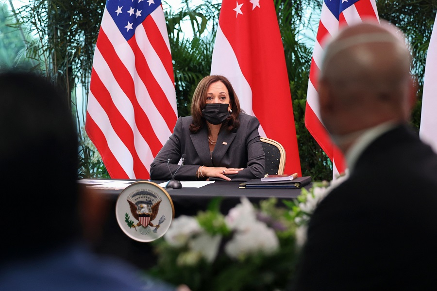 US Vice President Kamala Harris attends a roundtable at Gardens by the Bay in Singapore before departing for Vietnam on the second leg of her Asia trip, 24 August 2021. (Evelyn Hockstein/Pool/AFP)