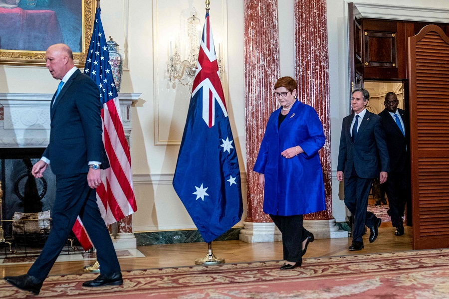 (left to right) Australian Defense Minister Peter Dutton, Foreign Minister Marise Payne, US Secretary of State Antony Blinken and Defense Secretary Lloyd Austin arrive to pose for a group photograph at the State Department in Washington, DC, on 16 September 2021. (Andrew Harnik/Pool/AFP)