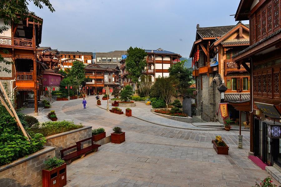 Yangliuwan Street, Maotai town, Guizhou. (ASA Holidays)