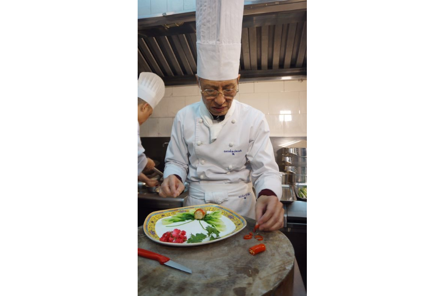 Master chef Zhang Zhong You sees leaving a legacy of classic Sichuan cuisine as his mission after retirement.