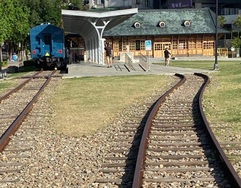 The restored Xinbeitou train station. (Facebook/蔣勳)