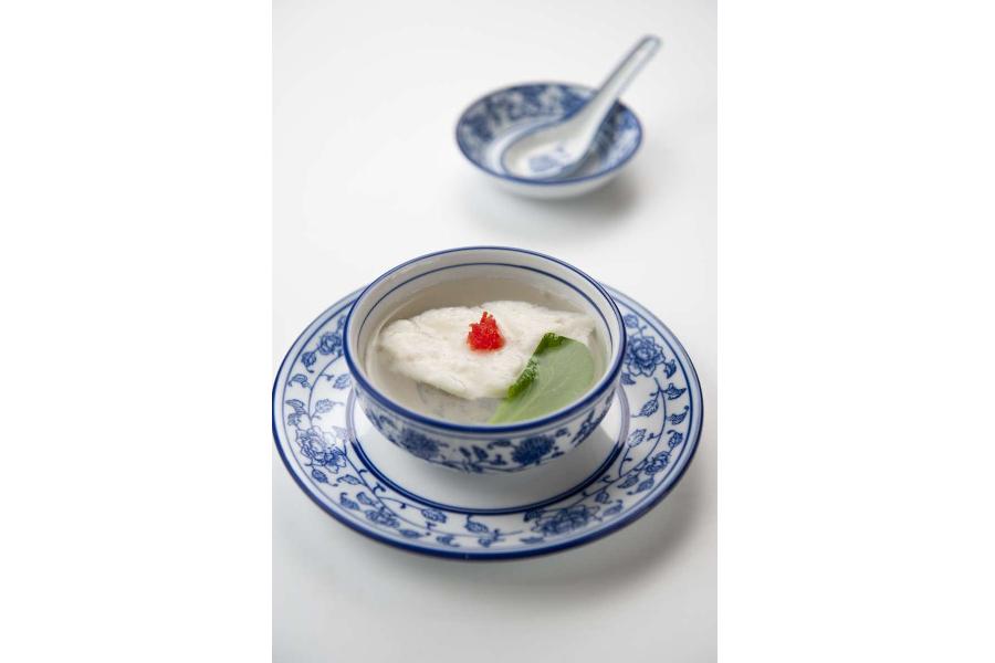 Chicken tofu simmered in consommé prepared by Master chef Zhang Zhong You. (Photo: Zhang Zhong You)