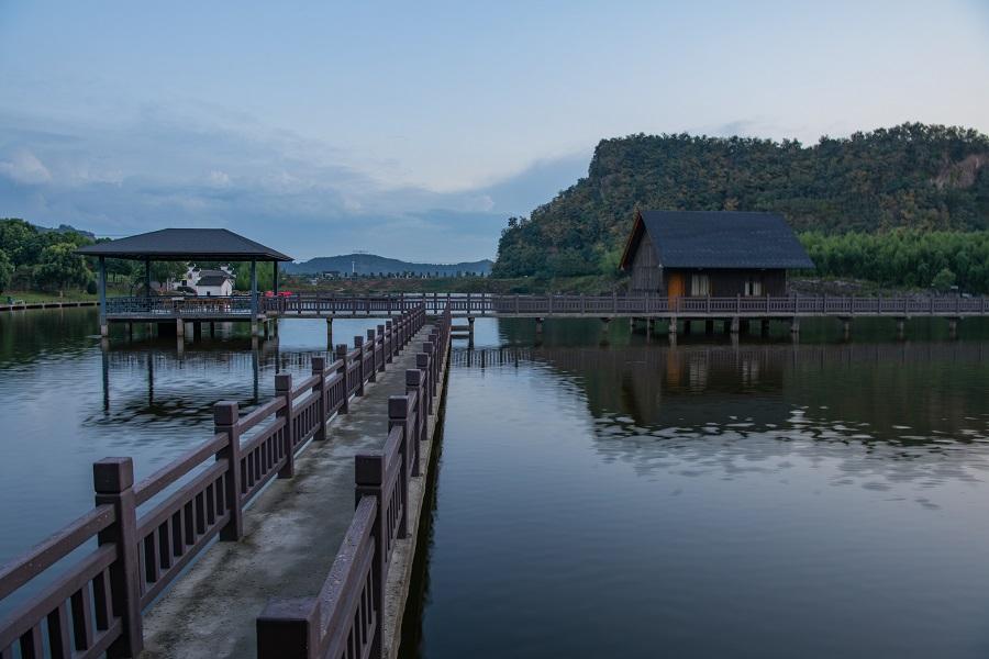 Shishan Lake, Jiangyin, Wuxi, Jiangsu province, China. (iStock)