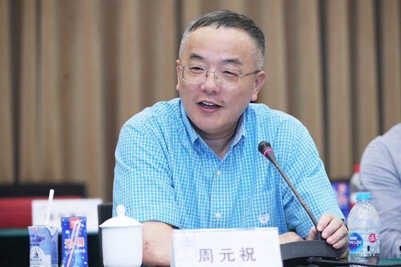 Zhou Yuanzhu speaks about the diversification of capital aids in revitalisation of time-honoured brands. (Photo courtesy of interviewee)