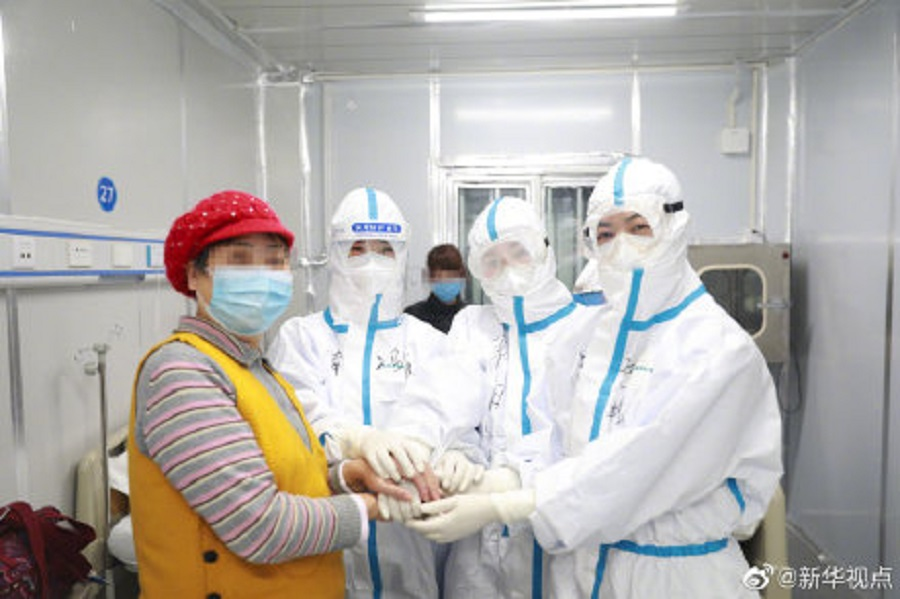 The China Women's Development Foundation donated 40,000 packs of sanitary pads to female medical staff in Wuhan