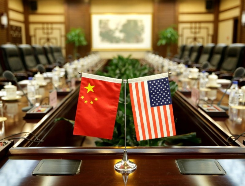 Flags of the United States and China are placed for a meeting between the U.S. secretary of agriculture and China's minister of agriculture at the Ministry of Agriculture in Beijing, China. (Jason Lee/REUTERS)
