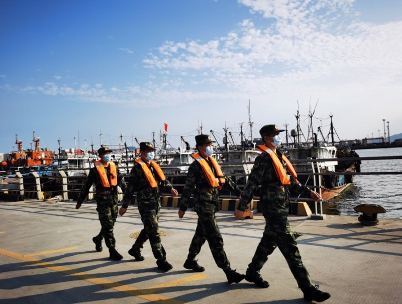 Chinese coast guard personnel on duty, 2 May 2020. (Xinhua)