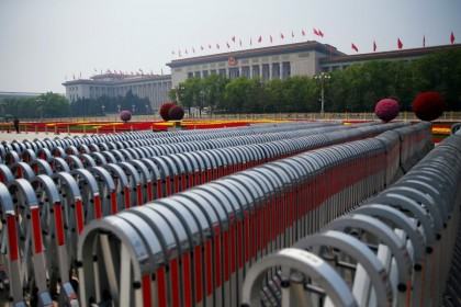 Flower installations to mark the Labour Day holiday are seen on Tiananmen Square in front of the Great Hall of the People, Beijing 1 May 2020. (Tingshu Wang/REUTERS)