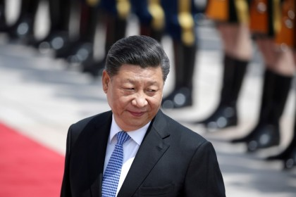 Chinese President Xi Jinping attends a welcoming ceremony for Greek President Prokopis Pavlopoulos outside the Great Hall of the People, in Beijing, China, 14 May 2019. (Jason Lee/Reuters)