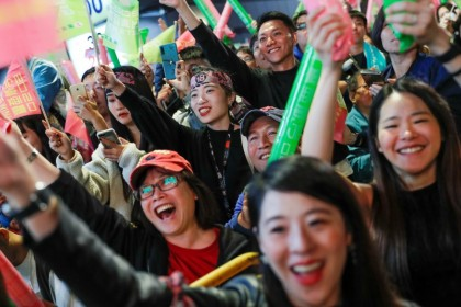 Supporters of Taiwan President Tsai Ing-wen outside the Democratic Progressive Party (DPP) headquarters in Taipei, January 2020. Young people played a big role in Tsai's win, and will continue to exert an influence in the future. (Tyrone Siu/REUTERS)